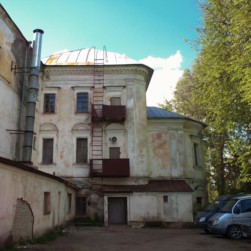 Здание Власьевской церкви